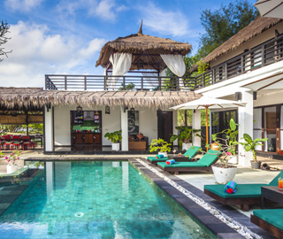 Villa Julius A Resort Hotel In Gili Island