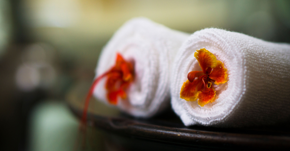 bath room villa julius gili trawangan hotels
